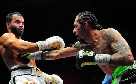 Margarito-rt-to-body-Alvarez_German